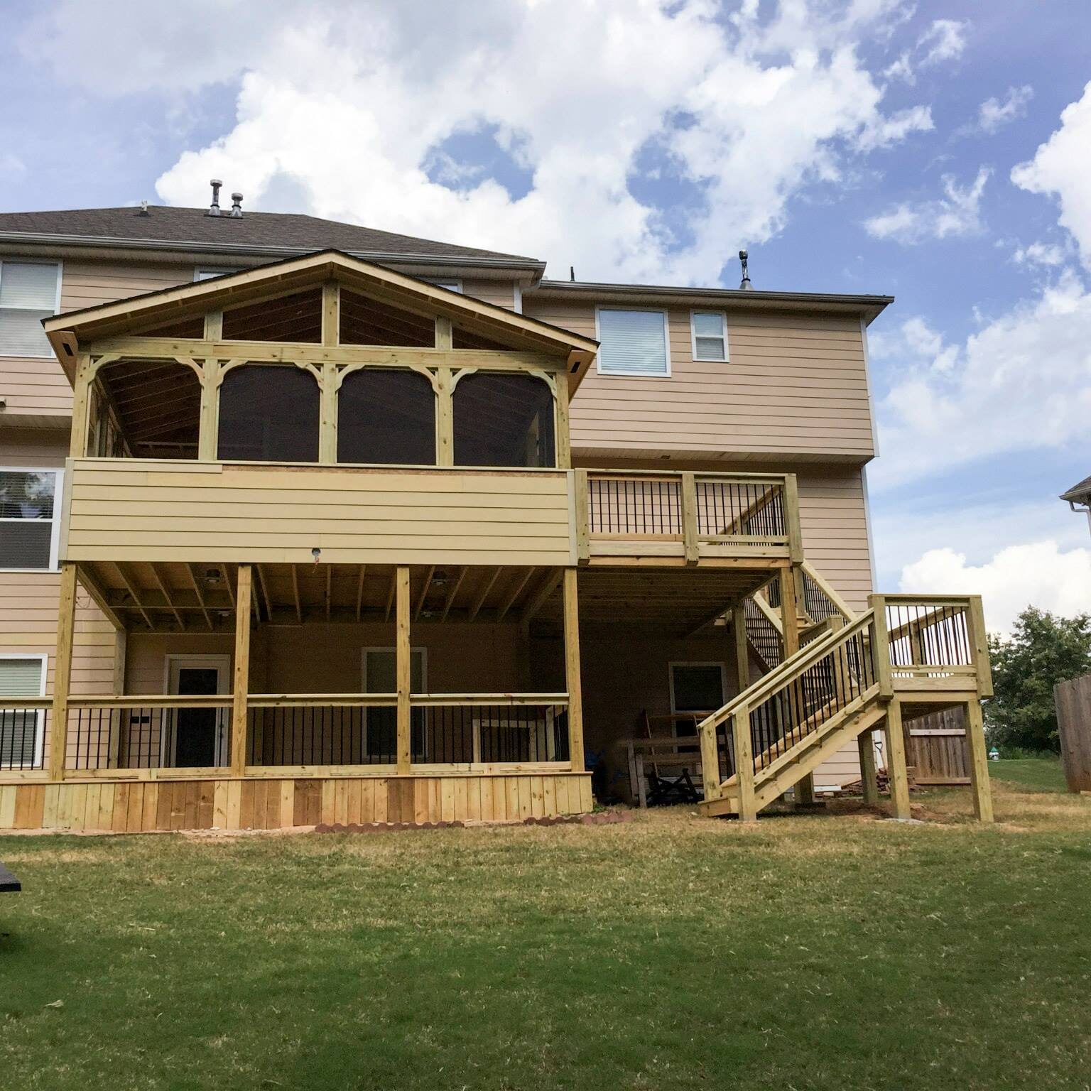 Screened in Back Porch and Deck